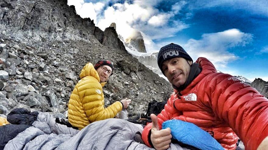 Durante un vivac en Patagonia este año.