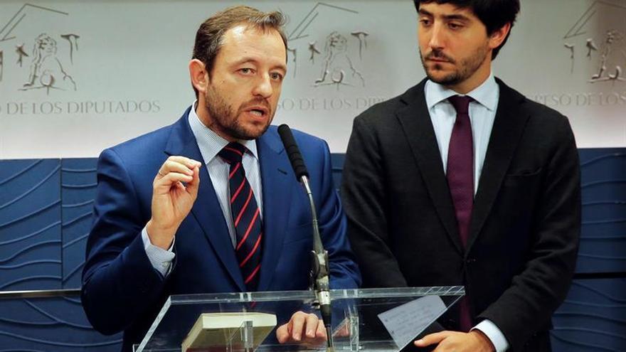 """C's cree que la renuncia de Soria evita a España un """"ridículo internacional"""""""