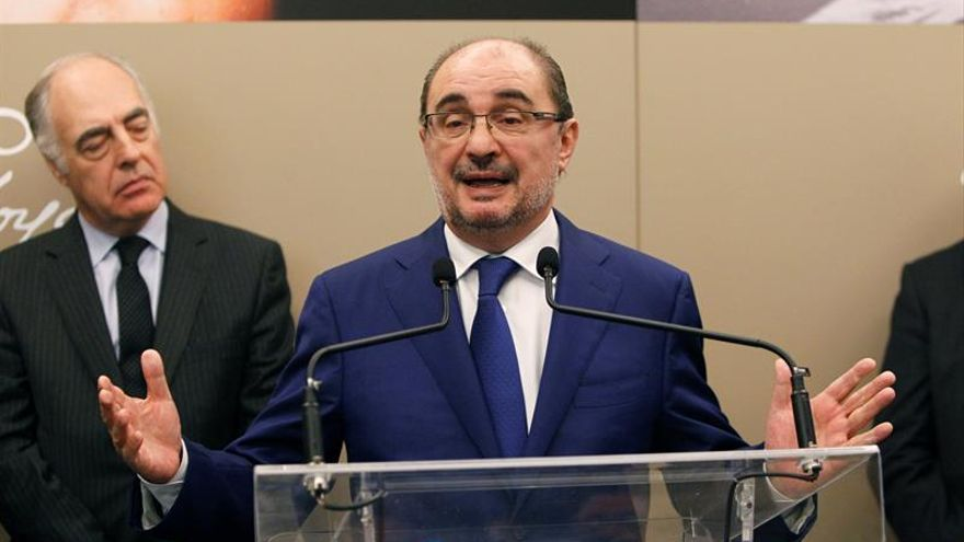 """Lambán: """"El ministro o es tonto o nos toma por tontos a los aragoneses"""""""