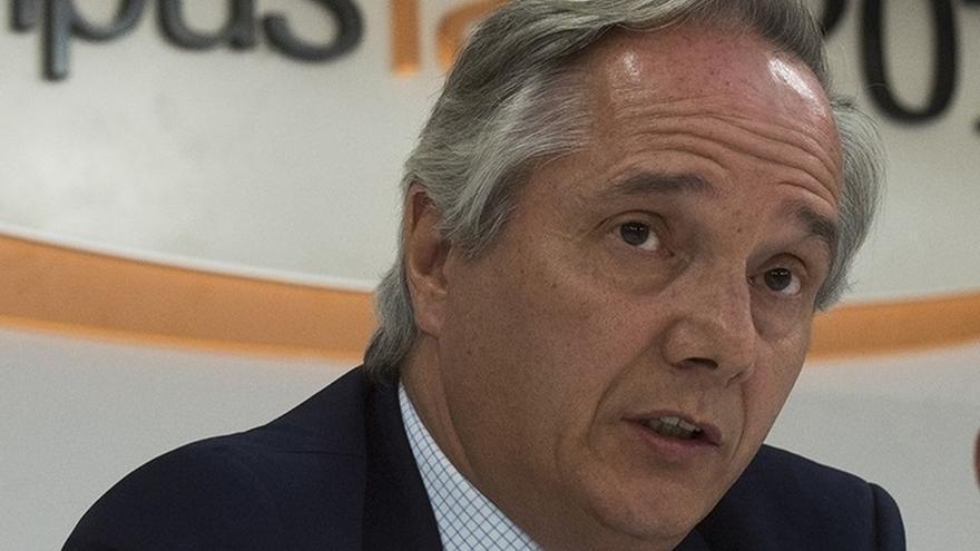 """Portavoz del PP en Comisión Constitucional: El TC podría haber """"tomado la iniciativa"""" para que su auto se cumpliera"""