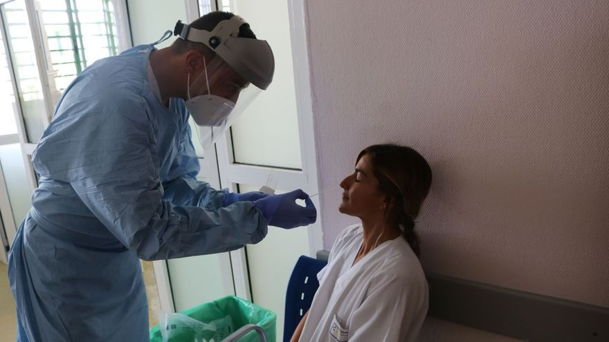 Frenazo a la bajada de contagios en Gran Canaria