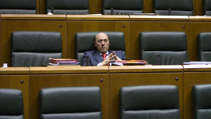El delegado del Gobierno dice que la oportunidad política no puede impedir cumplir la ley