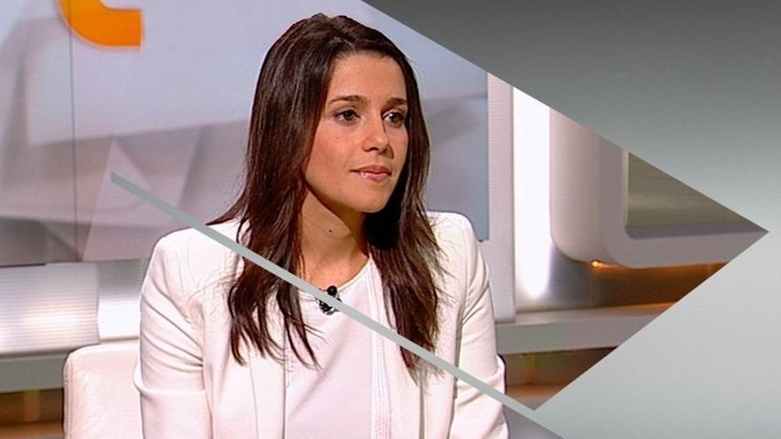"""Arrimadas cree que la legalidad de la reunión del referéndum """"la decidirá un juez"""""""