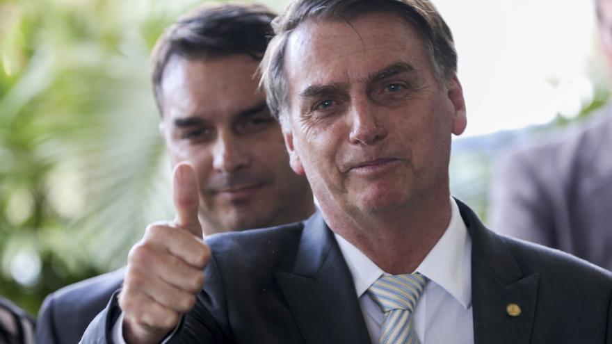 Jair Bolsonaro y su hijo el senador Flávio Bolsonaro