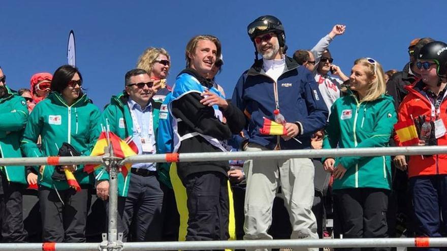 Felipe VI ha vuelto a respaldar el Mundial de Sierra Nevada con una visita privada a la estación hoy