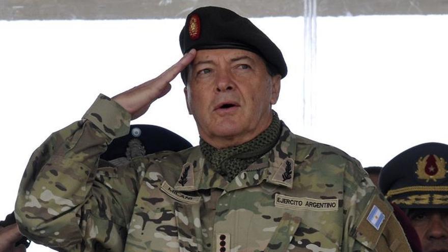Confirman la prisión preventiva del exjefe del Ejército argentino