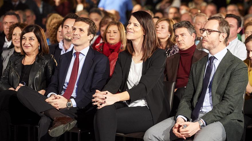 Buruaga, Casado, Beitia y Maroto en la presentación de las candidaturas del PP en Santander. | JUANMA SERRANO