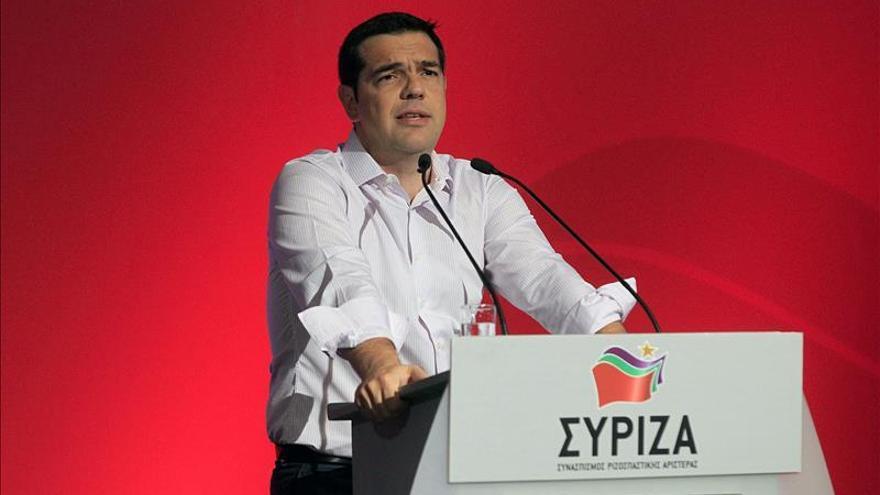 Syriza apoya a Tsipras y convoca un congreso extraordinario en septiembre