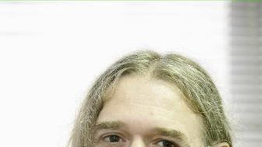 Rosendo es uno de los veteranos del rock español.