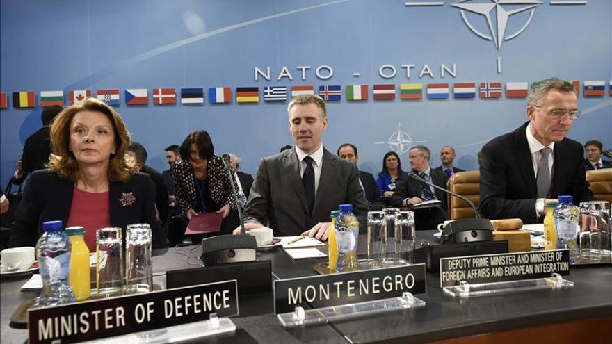 La OTAN alerta del riesgo de que la violencia se reanude en Ucrania