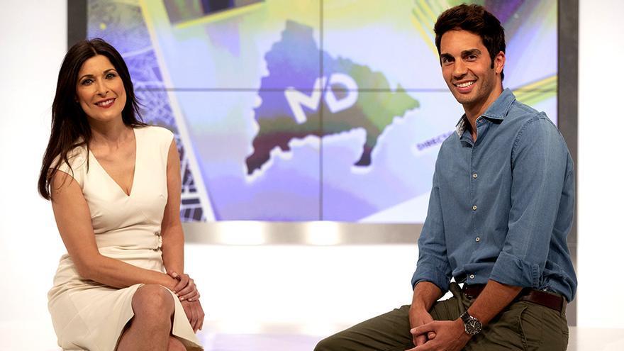 Yolanda Maniega y Santi Burgoa en el plató de 'Madrid Directo'