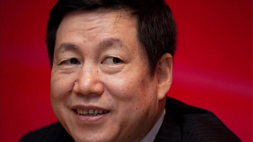 Dimite presidente de tercer mayor banco de China investigado por corrupción