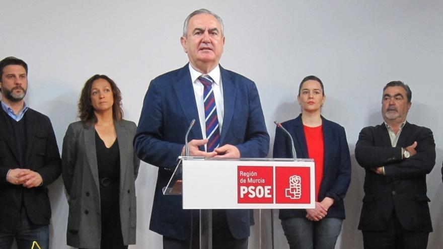 PSOE ve insuficiente la dimisión de Sánchez y llama a Cs y Podemos a trabajar por un gobierno de cambio
