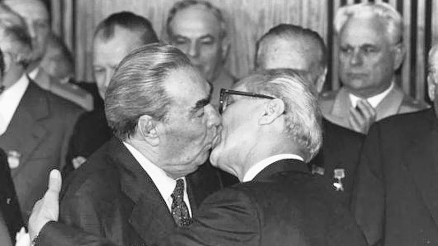 Beso de Leonid Brežněv y Erich Honecker