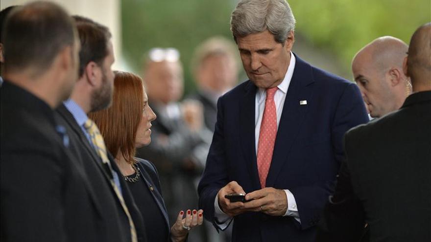 """EE.UU. condena """"despreciables"""" atentados contra embajada de Irán en Beirut"""