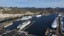 Los buques de Armas y Fred Olsen podrán conectarse a la red eléctrica durante su estancia en el puerto de la capital