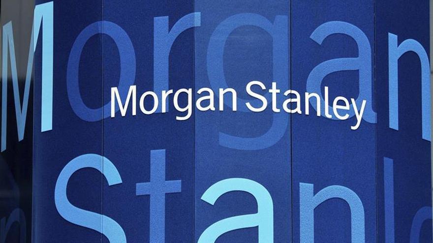 Beneficios semestrales de Morgan Stanley bajan un 35 %