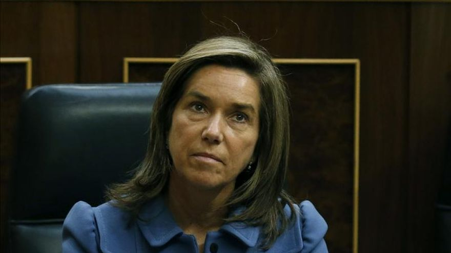 Mato dice que no va a dimitir y que cuenta con la confianza de Rajoy