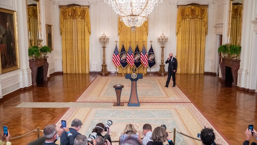 Biden no descarta que las tropas de EEUU se queden más tiempo en Afganistán para evacuar a sus ciudadanos