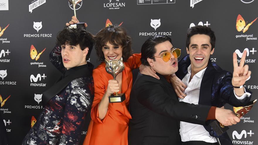 El equipo de 'Paquita Salas', en la gala de los Premios Feroz 2017