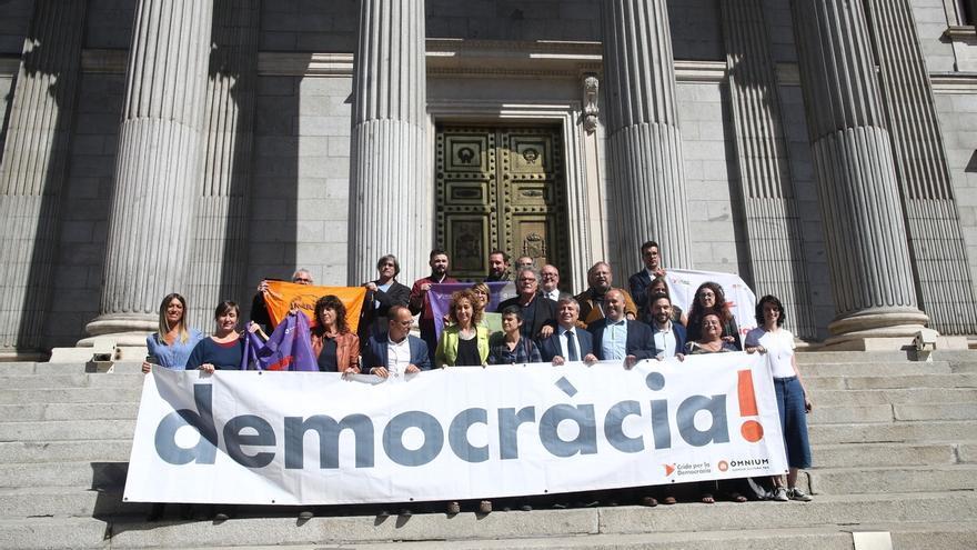 ERC y PDeCAT quieren que el Congreso inste al Gobierno a reconocer el resultado y negociar con la Generalitat