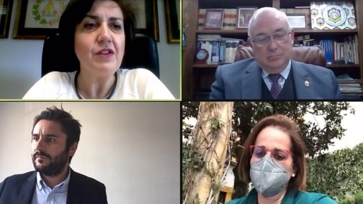 La decana de Ciencias, María Aguilar (arriba, izda.), da la bienvenida a las autoridades participantes en la sesión inaugural del foro.
