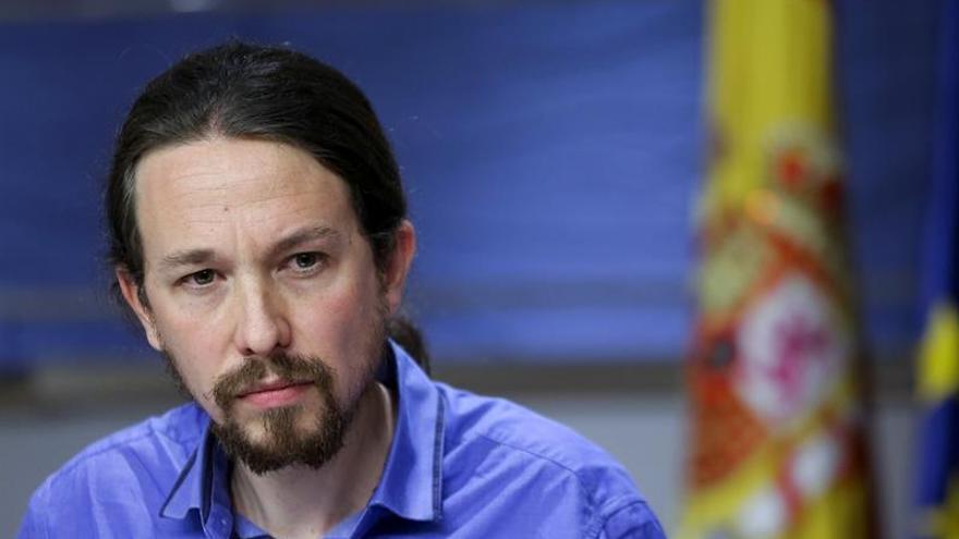 Iglesias defiende el acuerdo de futuro con IU frente a Llamazares