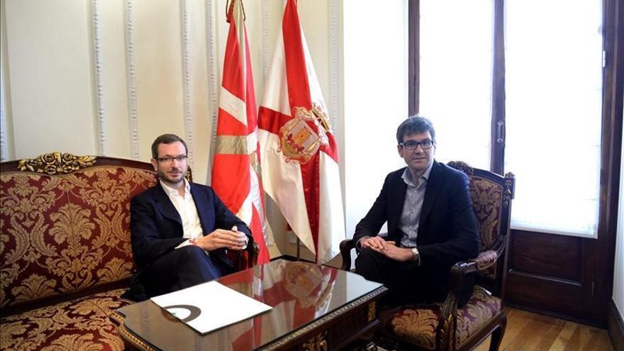 El PNV recuerda a Maroto (PP) que fue el alcalde que más acuerdos firmó con Bildu