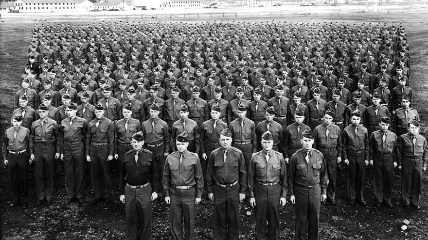 Fotografía fechada el 1 de abril de 1944 del 705º Batallón de Cazacarros en Fort Lewis, Washington, del que formó parte Mike Etchart (https://www.tankdestroyer.net/).
