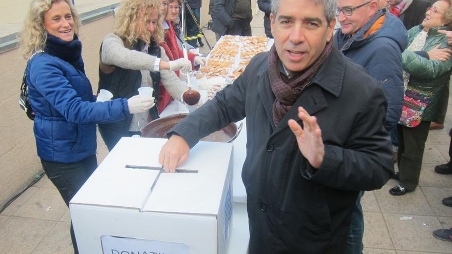 """Homs tacha de """"ignorante"""" a Rajoy y defiende el nivel de español de los niños catalanes"""