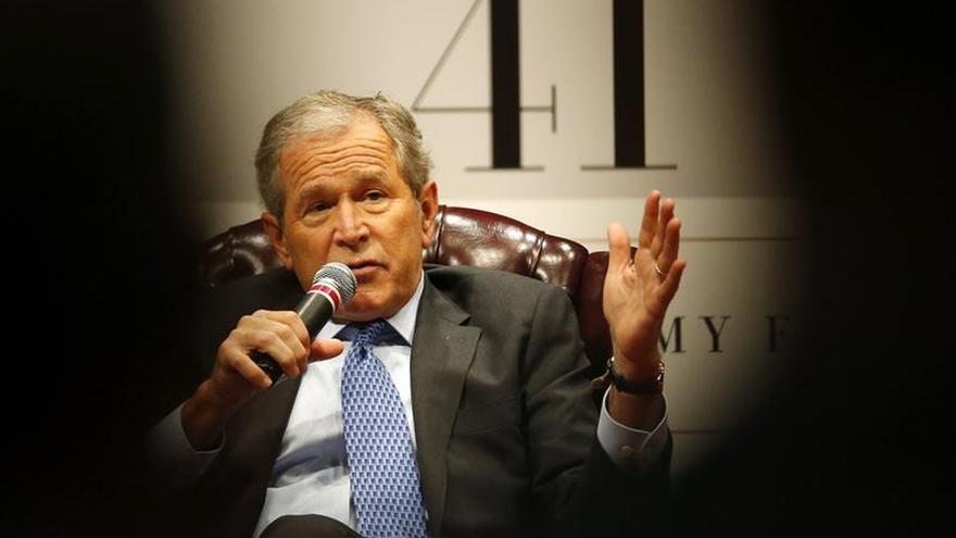 Bush dice que no ha leído el informe Chilcot y que el mundo es mejor sin Hussein