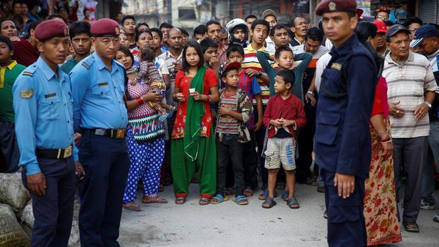 Dos artefactos explotan sin consecuencias en escuelas de Nepal