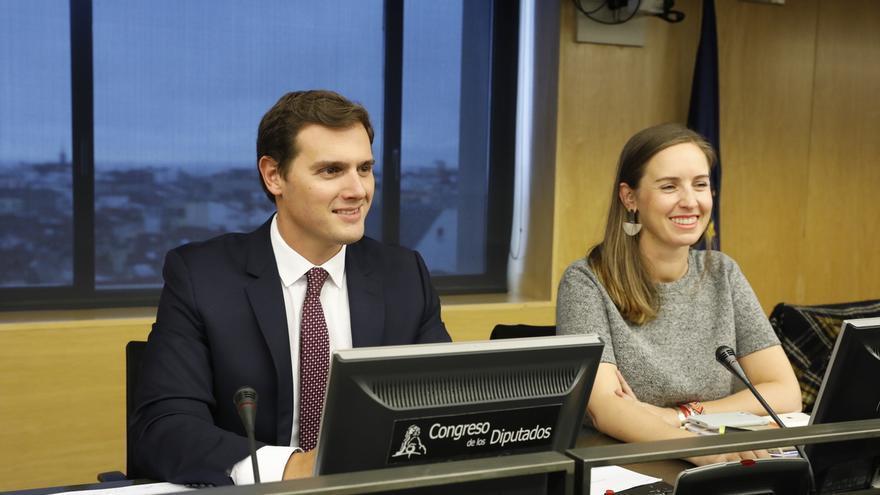 """Ciudadanos cree """"de vergüenza"""" que Sánchez retrase otra semana su reunión con Podemos y pide acabar """"el culebrón"""""""