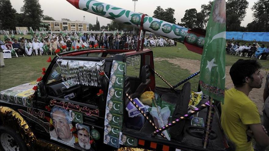 Pakistán vuelve a probar con éxito su misil con capacidad nuclear Hatf-IV