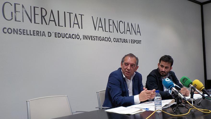 El secretario autonómico Miguel Soler y el conseller de Educación Vicent Marzà en rueda de prensa