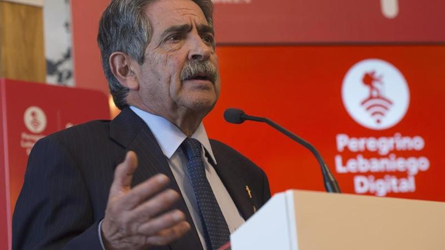 Revilla pide a Zoido explicaciones sobre nuevo jefe de Policía en Cantabria
