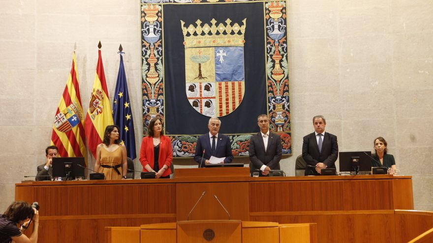 En la nueva Mesa de las Cortes de Aragón hay dos sillones para el PSOE y uno para Ciudadanos, Podemos, y PP
