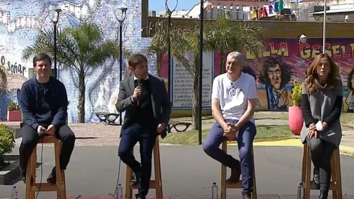 Kicillof anunció en Villa Gesell un programa de reactivación del sector turístico