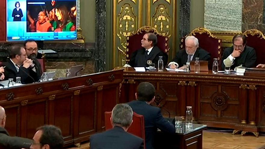 Captura de la señal institucional del Tribunal Supremo del interrogatorio del expresidente de la ANC, Jordi Sánchez, durante la sesión vespertina de este jueves.
