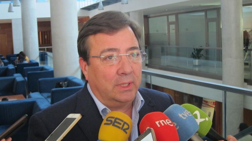Fernández Vara cree que la moción planteada por Podemos es para interferir en el proceso de primarias del PSOE