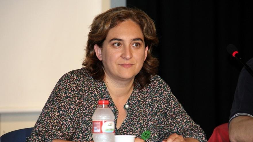 "Ada Colau (PAH) recrimina a Susana Díaz que trate de enfrentar a ""pobres contra pobres"": ""Es muy muy grave"""