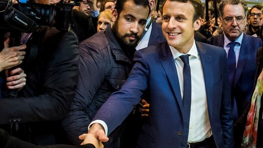 """Macron asegura ser el """"único responsable"""" de la gestión del """"caso Benalla"""""""