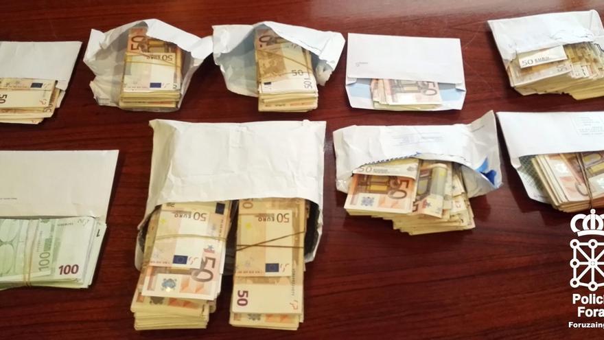 Hacienda y Policía Foral realizan una operación conjunta en tres locales relacionados con la prostitución