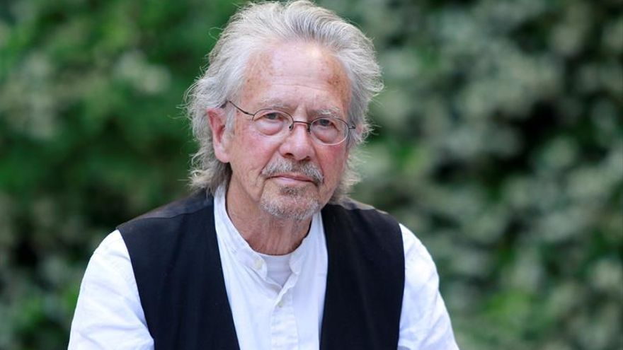 El escritor Peter Handke recibe el título de Visitante Ilustre de Aranjuez
