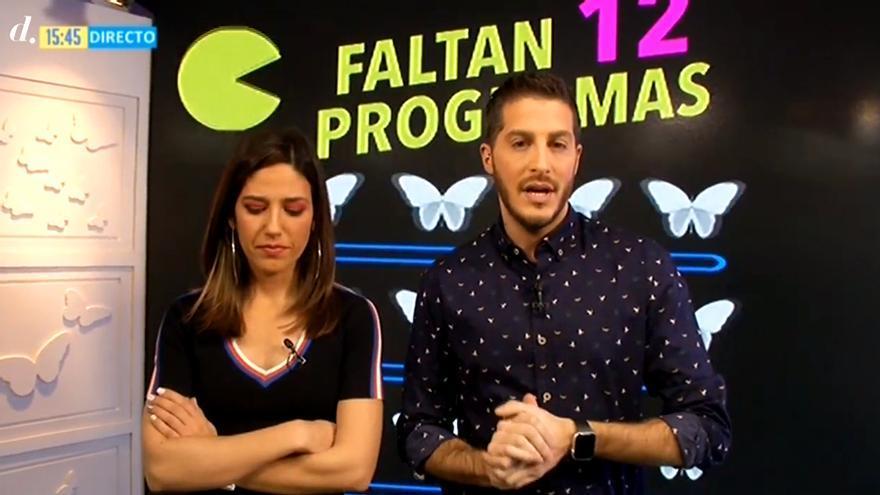 Nuria Marín y Nando Escribano, anunciando el cierre de Cazamariposas