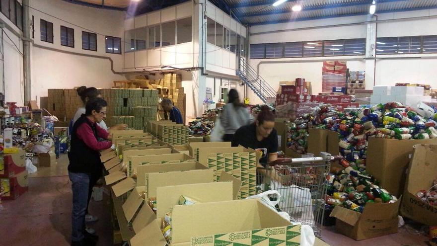 Recogida de alimentos y juguetes de la Casa Galicia