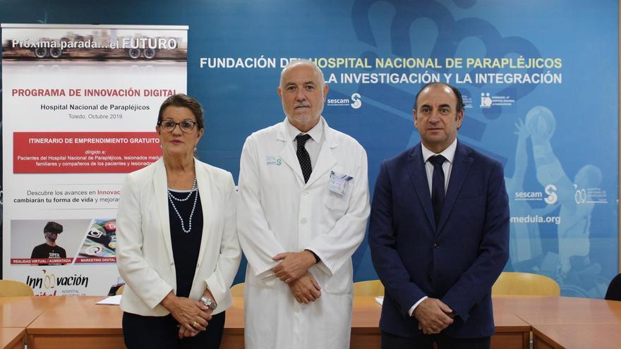 María de los Angeles Martínez Hurtado, presidenta de la Cámara de Comercio de Toledo, Juan Carlos Adau Cristóbal, director médico del Hospital Nacional de Parapléjicos y Pedro Hermida Ugena, Vicepresidente de FEDETO