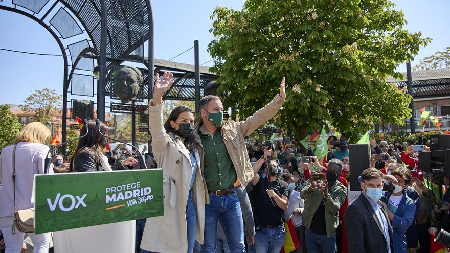"""Vox arranca la campaña cargando contra Sánchez y alejándose del PP por mantener """"todas las políticas de la izquierda"""""""
