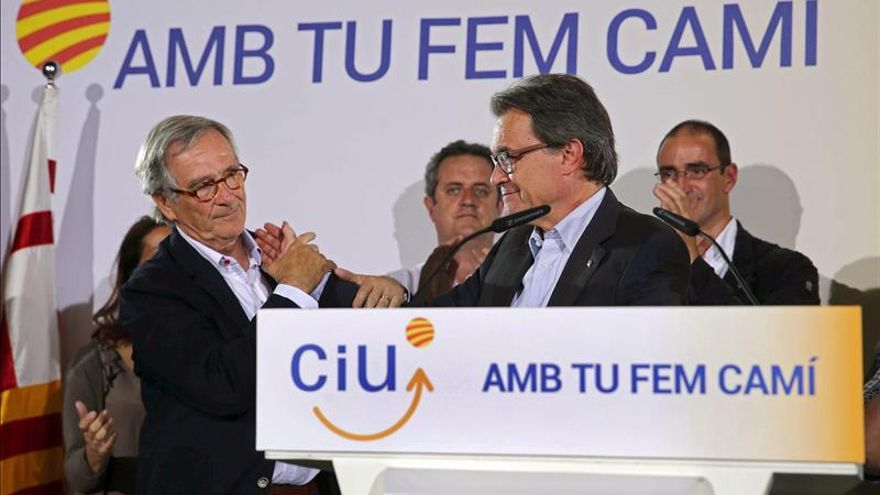 Mas manifiesta su preocupación por Barcelona pero valora la victoria global de CiU