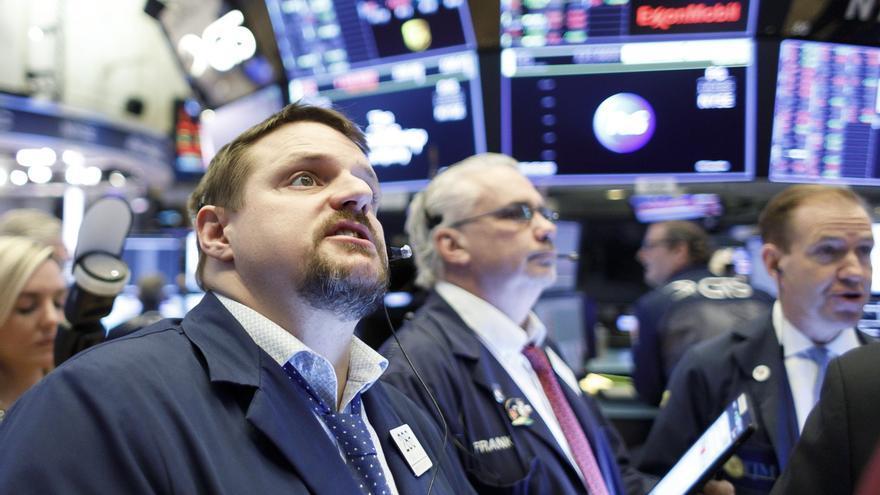 Wall Street abre mixto y el Dow sube 0,15 %, pendiente de la decisión de la Fed